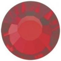 VIVA12 Rose Strassstein bleifrei ss8 (2.4mm) Light Siam F (90070)
