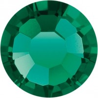 Maxima Rose ss6 Emerald F (50730)