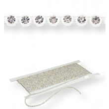 Plastik Strass Borte ss15 (4,5mm) 1 row, Crystal F (C00030), Transparent plastic base, White threads