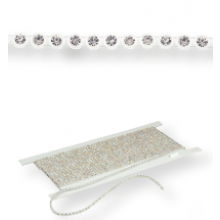 Plastik Strass Borte ss8 (3mm) 1 row, Crystal F (C00030), Transparent plastic base, White threads