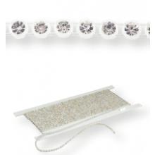 Plastik Strass Borte ss19 (5,3mm) 1 row, Crystal F (C00030), Transparent plastic base, White threads