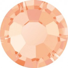 Maxima Rose ss30 Crystal Apricot (00030APR)